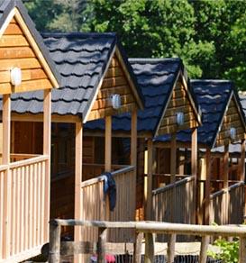 ice salidas grupo campamento multiaventura alojamiento