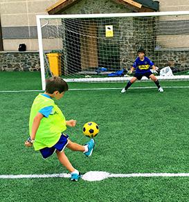 soccer-camp-andorra-273x292
